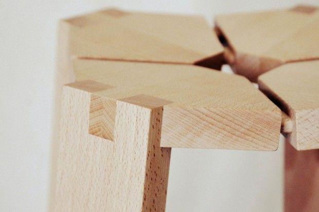 Boris Beaulant, ébéniste français, nous a fait parvenir l'une de ses créations, un petit tabouret en bois. Boris aime réaliser des objets en bois qui soient au moins aussi intéressants à regarder qu'à utiliser.  La caractéristique principale de ce tabouret réside dans la croix creuse de l'assise et les pieds flottants, le tout garantissant confort et esthétique originale.