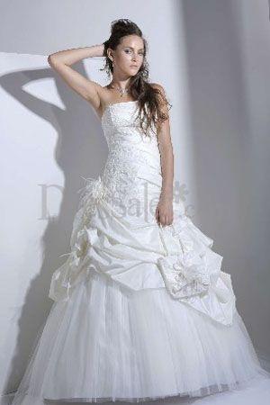 Spanish Wedding: Highlight Pick-ups Adorned Attire for Wedding