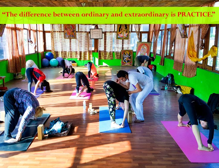 Chandra Yoga International best Yoga School in Rishikesh (India). So if you are looking for the best yoga schools in India, Chandra Yoga International is the best option for you.  The training Lead yoga teacher with a certified yoga teacher. Chandra Yoga Certified Yoga Teachers Our next session from May 15, 2017. To register on our site.     https://www.sushilyoga.com/