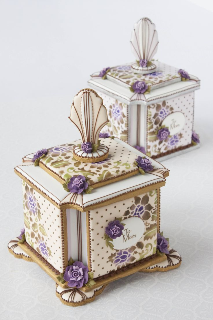 3-D Mother's Day cookie boxes by Julia M Usher of Recipes for a Sweet Life!