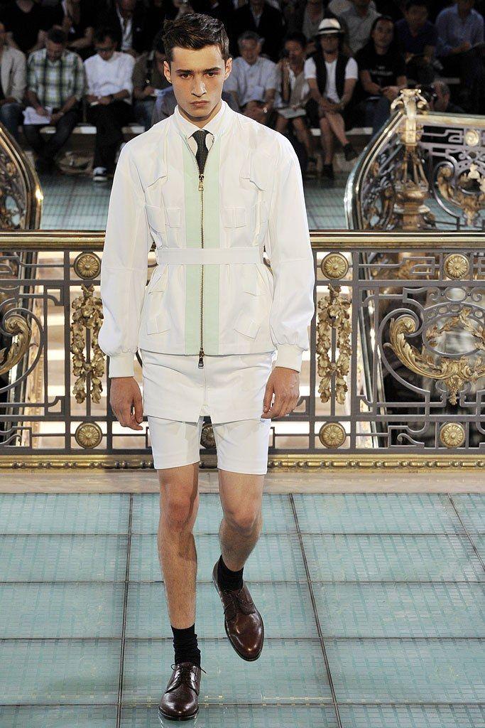 Raf Simons Spring 2011 Menswear Fashion Show