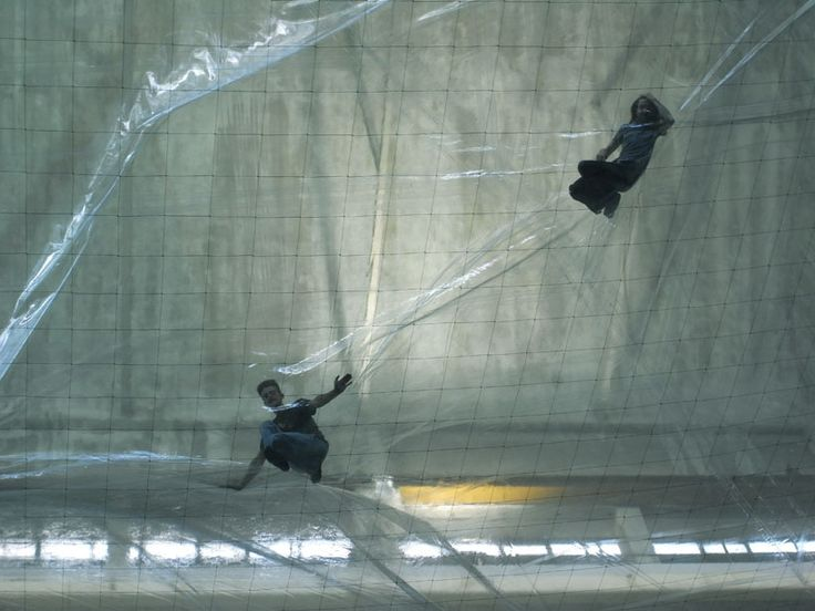 tomàs saraceno: on space time foam a billowing aerial landscape