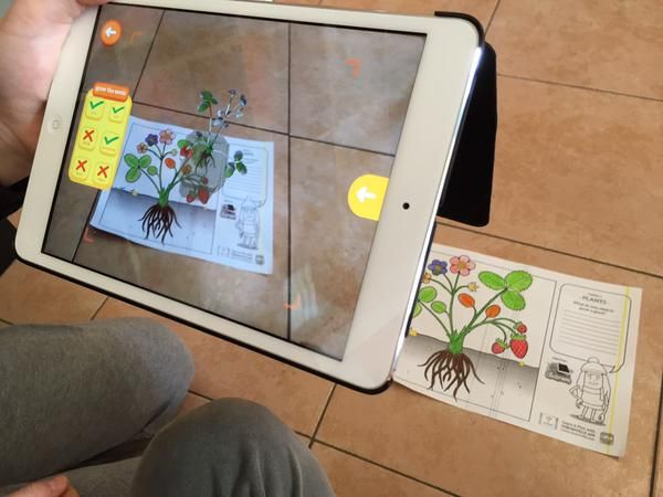 Chromville Science plants, an augmented reality experience. Taken by @superpancio69_3