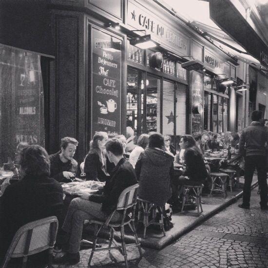E se fossi andata a vivere a #Parigi, dove avrei vissuto.. » Viaggiare da Soli