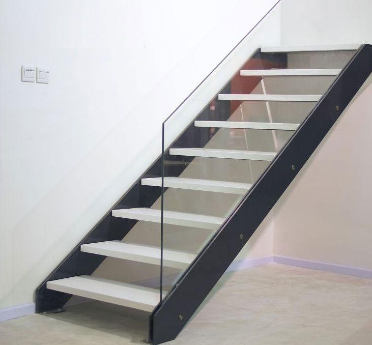 Best Steel Stringer Open Risers Glass Rail Modern Design 400 x 300