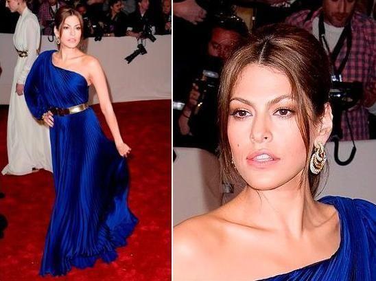 Макияж для синий платье