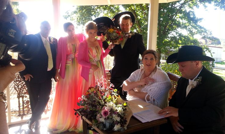 Tanya and Troy married at Tuggeranong Homestead ACT in April 2017