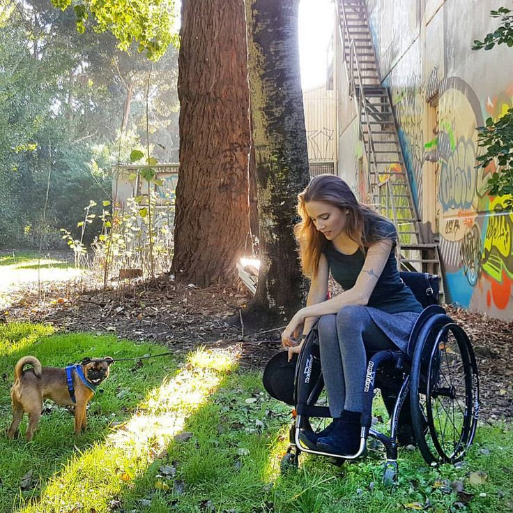 Meesa Claire is a model and SCI survivor from NZ >>> See it. Believe it. Do it. Watch thousands of spinal cord injury videos at SPINALpedia.com Manual Wheelchair, Spinal Cord Injury, Poses, Lady, Character Inspiration, Cute Girls, Tourism, Beautiful Women, The Incredibles