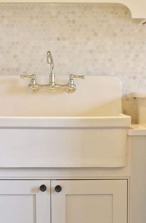 Best 25 Laundry sinks ideas on Pinterest Laundry room sink
