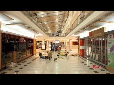 Westfield Knox Christmas Decorations Time Lapse