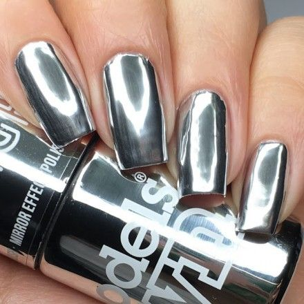 This is the world's first, traffic stopping, mirror reflect chrome polish! Our unique formula, guarantees a mirroresque, million dollar look in a few simple strokes. No UV, no salon, no worries. Including an all in one base & top coat, this glass like mani has never been easier. Just prep your nails, apply a thin layer of your base/top coat, an even sheet of One Night Stand and seal with your top/base coat. Wait to dry into a reflective state and hit the town with impact!Ta...