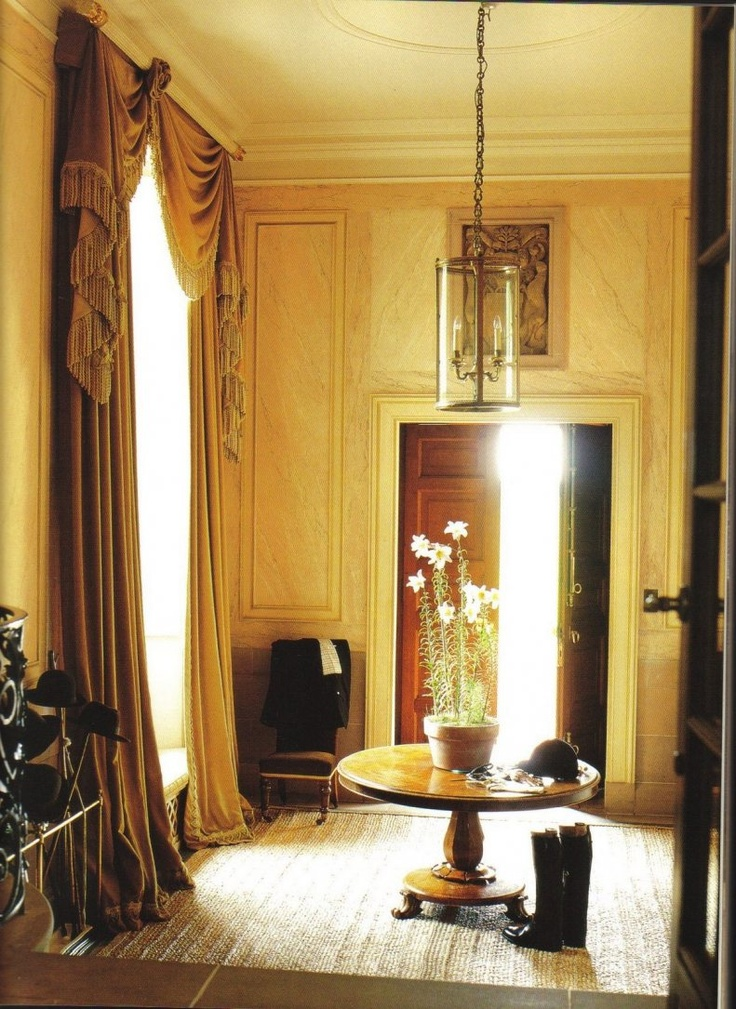 foyer-english-entrance-hall-entry-way-table-round-traditional-country-estate-interior-design-eclectic-home-decor-ideas-fowler