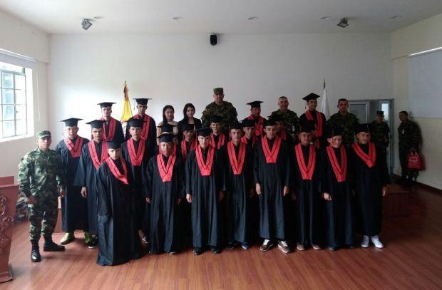 El Batallón Ayacucho y la Institución educativa Ideas, cumplieron con los Soldados, haciendo posible la culminación de su Servicio Militar Obligatorio