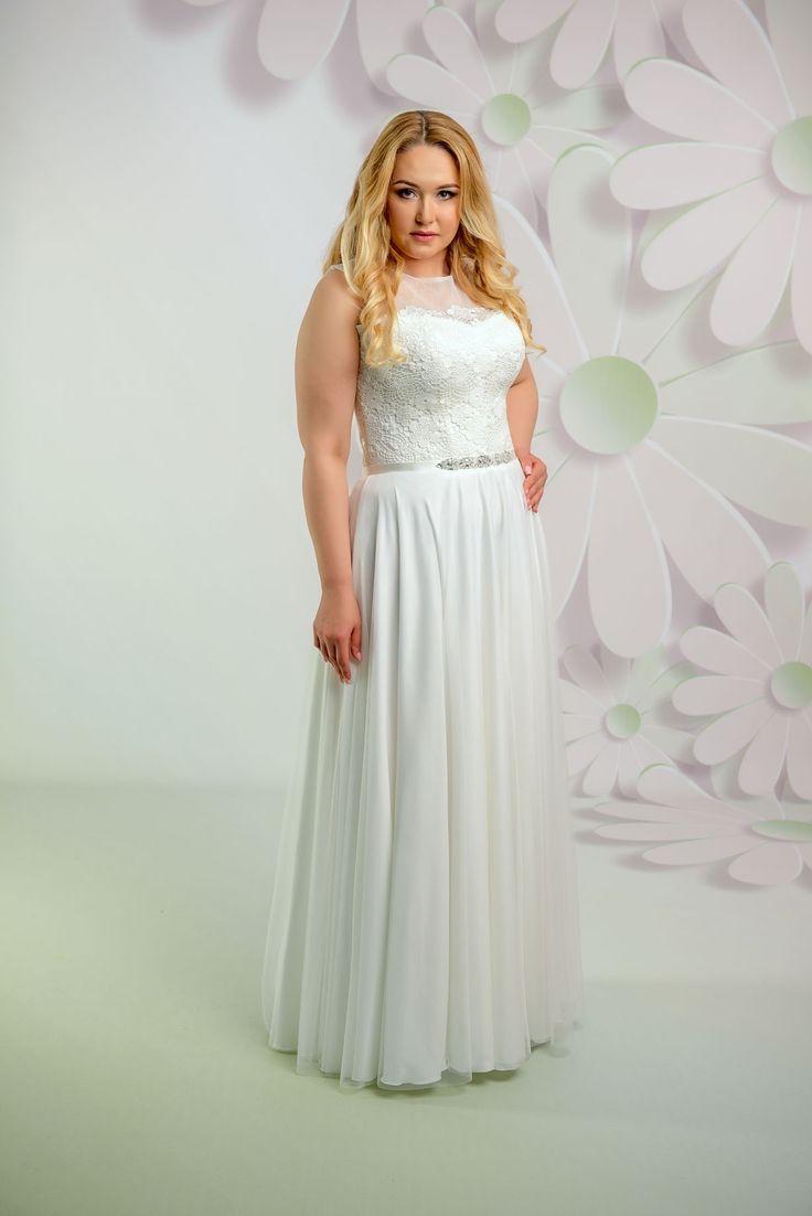 Krásne svadobné šaty s padavou sukňou a čipkovaným vrškom