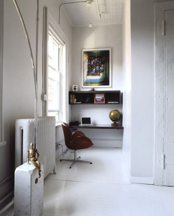 .: Modern Living Rooms, Floating Shelves, Offices Spaces, Loft Apartment, Work Spaces, Workspaces, Home Offices Design, Small Spaces, Offices Nooks