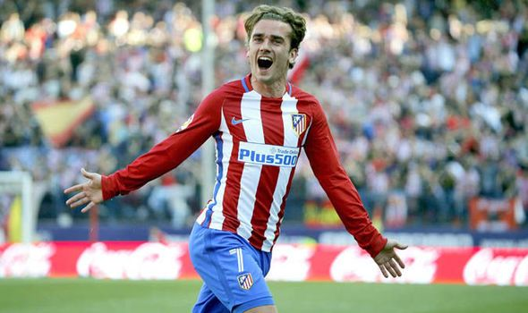Chelsea set to hijack Manchester Uniteds world-record move for Antoine Griezmann - report   via Arsenal FC - Latest news gossip and videos http://ift.tt/2nXUPlk  Arsenal FC - Latest news gossip and videos IFTTT