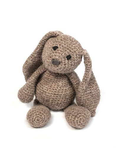 Crochet Bunny Rabbit Amigurumi Pattern: British alpaca DK rabbit. ༺✿ƬⱤღ https://www.pinterest.com/teretegui/✿༻