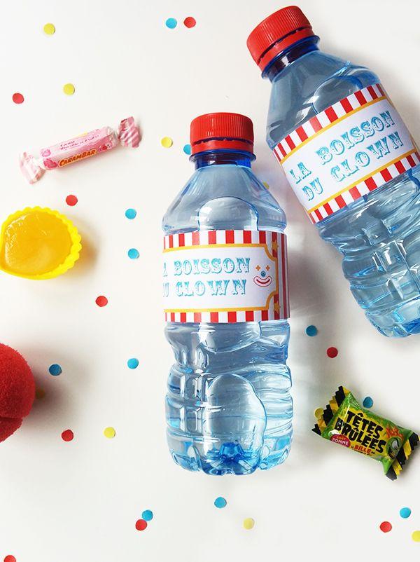 Pour rester dans l'ambiance cirque jusqu'au bout de la boisson, voici de jolies étiquettes anniversaire cirque à imprimer pour coller sur vos petites bouteilles d'eau, de soda, de jus de fruits. Et hop, n'importe quel liquide se transformera en boisson du clown !