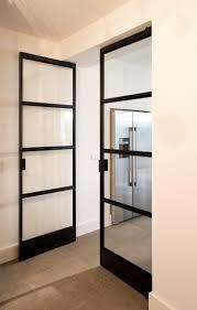 Afbeeldingsresultaat voor glazen deuren in metalen profiel