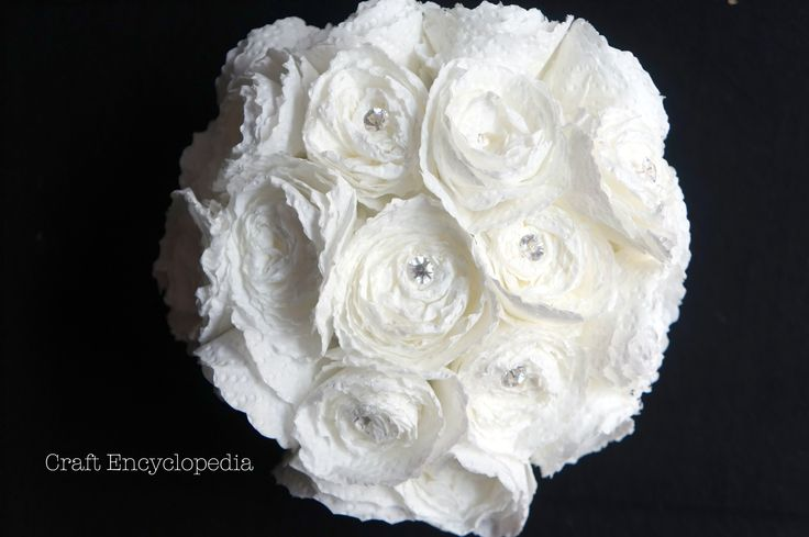 Recycle a Cheese Box and Paper Towels to GORGEOUS Rose Bouquet  باقة ورود رووووعة من علبة جبن