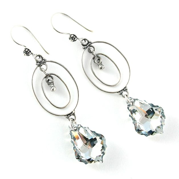 Comect Agrent Light. Swarovski Baroque Crystals and silver. Oriental, long and sparkling.