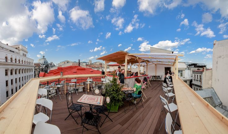 Top 5 rooftop terraces in Bucharest