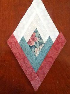 On Pins and Needles: Tuesday Tutorials: Diamond Log Cabin Tree Skirt