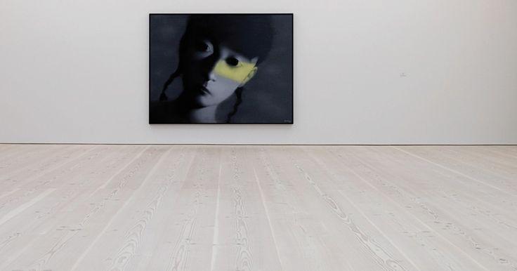 Dinesen Douglas wood floor at Saatchi Gallery in London by Dinesen