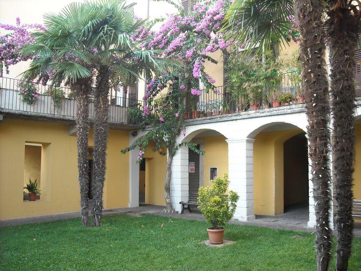 Scorcio del paese di Gargnano (Lago di Garda - Brescia)