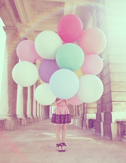 Balloons! Cute dress and shoes too!