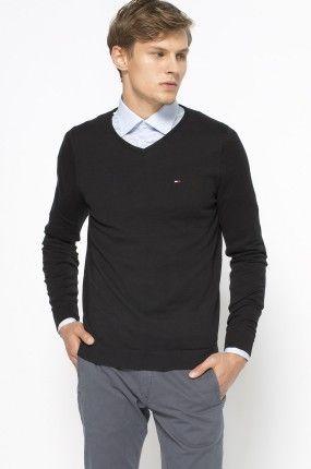 349.90zł SWETER MĘSKI – HILFIGER DENIM – SWETER http://mybranding.pl/produkt/sweter-meski-hilfiger-denim-sweter-3/  #moda #fashion #men #mężczyzna #sweter #męski #hilfiger #denim #czarny #black
