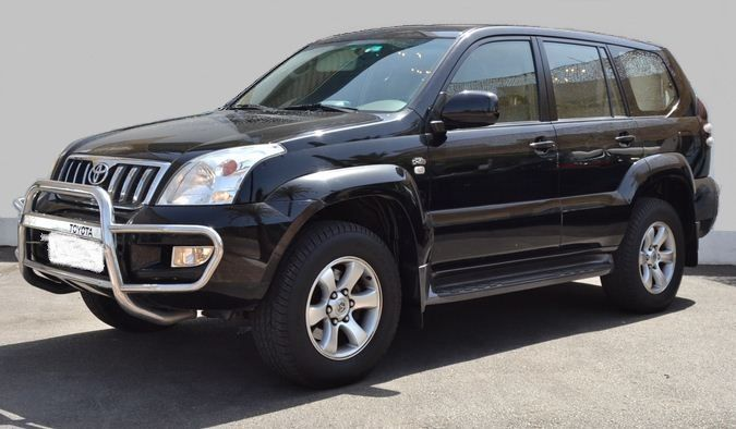 2003 Toyota Land Cruiser 3.0 D4-D GX automatic 8 seater 4×4