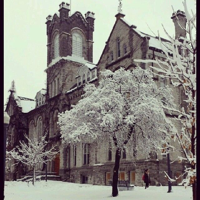 "@Kari Mack Gordon's photo: ""Don't think I'll mind winter this year #QueensU"""