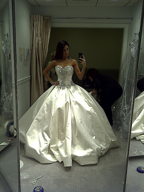 """I don't like """"poofy"""" wedding dresses, but this dress is gorgeous."""
