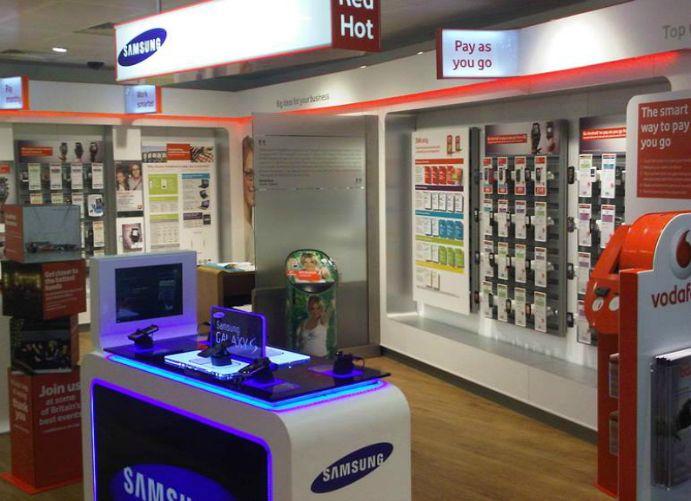Adglow samsung phone store display