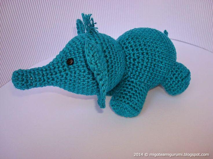Elefante en amigurumi, patrón gratuito traducido por Migote amigurumi para tejer en ganchillo.