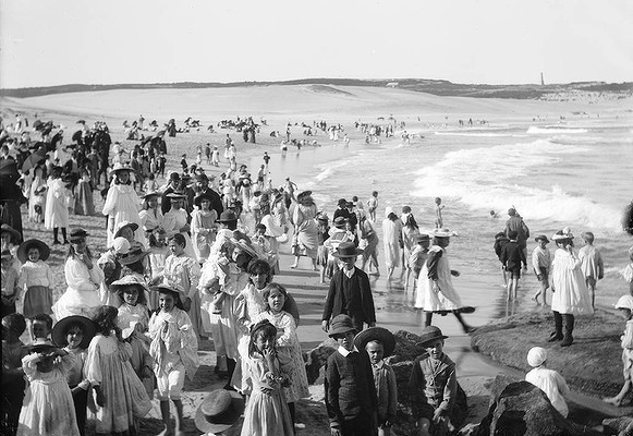 Bondi Beach, c.1890s. Photo: Tyrell Collection, The Powerhouse Museum