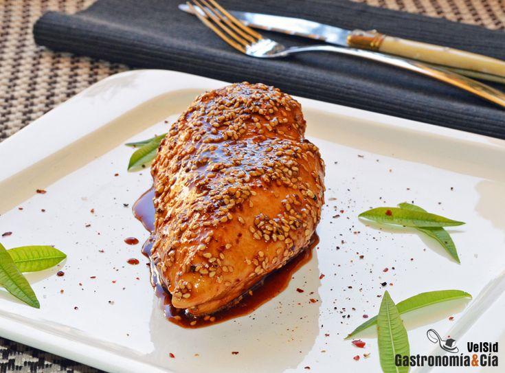 Pechuga de pollo con sésamo y miel