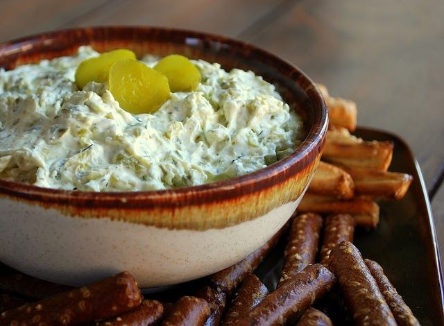 This is what I love about bloggers.   One of my blogging buddies Rebecca  made this delicious dill pickle dip a few months ago. Has it bee...