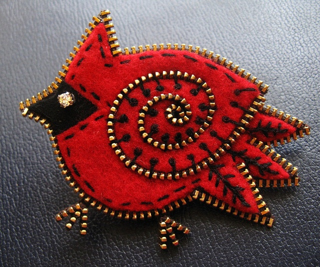 the Cardinal  ...Inspired by the work of Wooly Fabulous who designs wonderful zipper, felt and bead jewelry