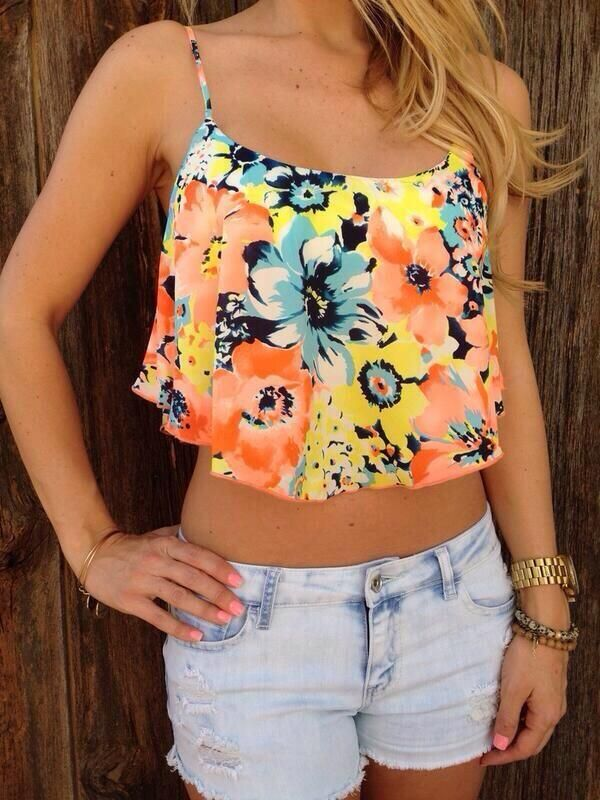 Caribbean Sunset Crop Top I wanna get( or make) something like this..