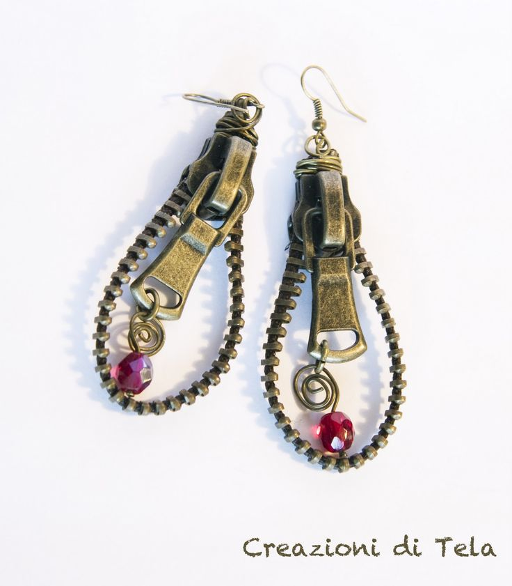 """Creazioni di """"TELA"""": Parure perle e zip"""