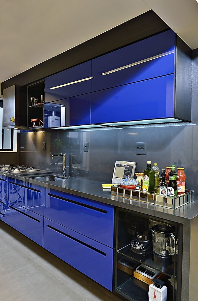 Modern Kitchen in blue decorated by Edilson Campelo.