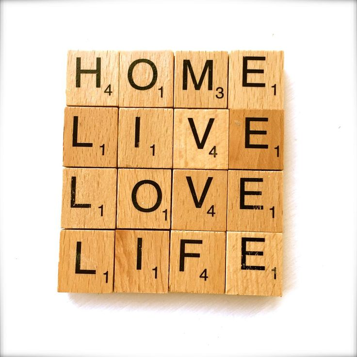 A perfect gift for loved ones, these scrabble coasters can be customised with any words/phrases you like #craftflash