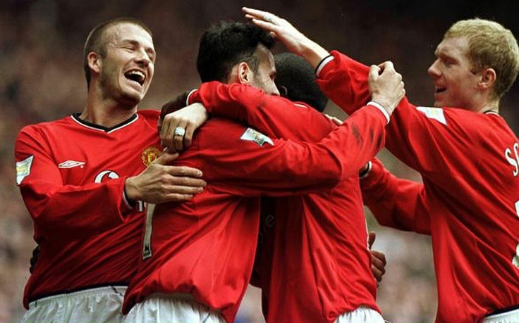 Season: 2000-01 (Title confirmed: April 14) United beat Coventry 4-2 to go 16 points clear of Arsenal with both sides having five games to play.