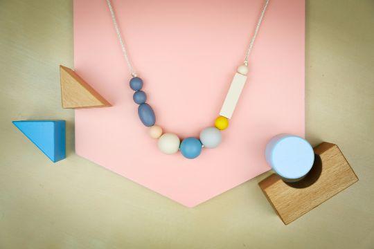 needibeads teething necklace