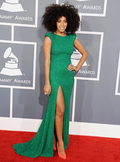 86 best ideas about Green Dress on Pinterest | Runway, Emerald ...