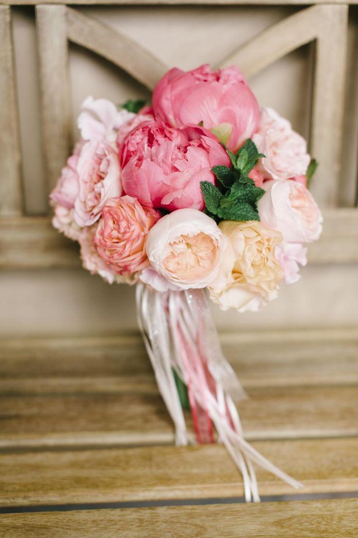 beach weddings in orange county ca%0A Bridal Bouquet  Pixies Petals  California Wedding http   caratsandcake com