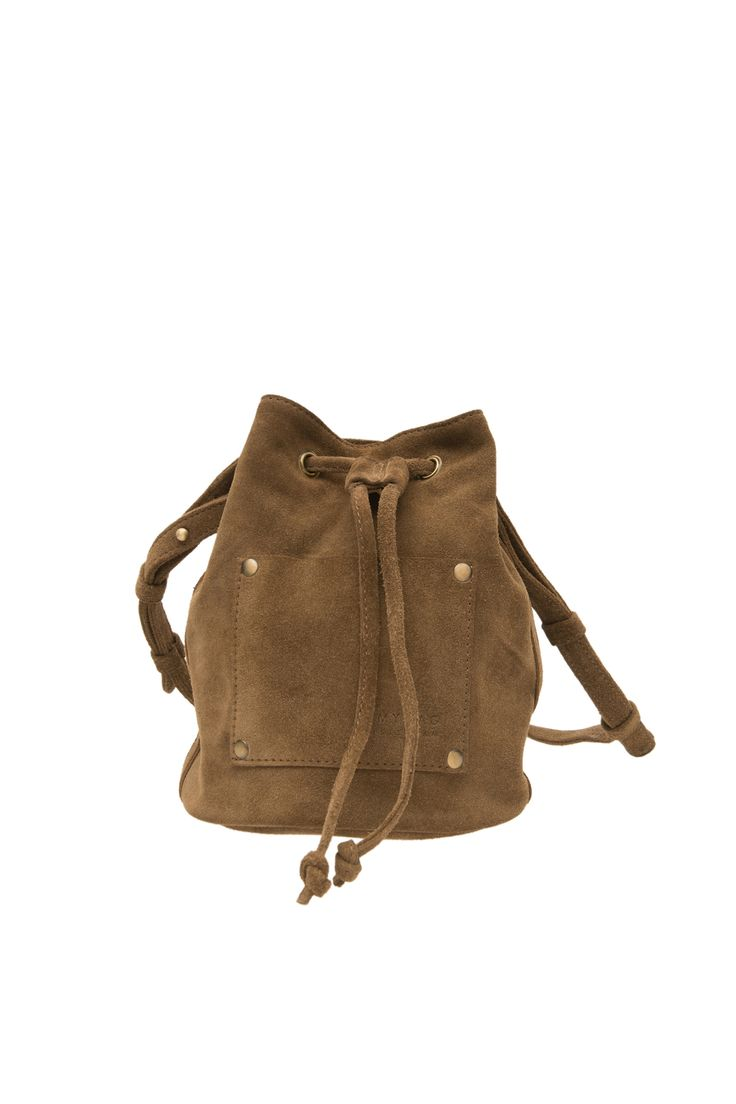 This is the Knapsack, one of the newest accessories of our summer collection! The Knapsack is original, functional and perfect for your festival outfit.