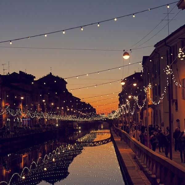 #Explore the Bohemian life on the ancient canals in Navigli in #Milan, #Italy
